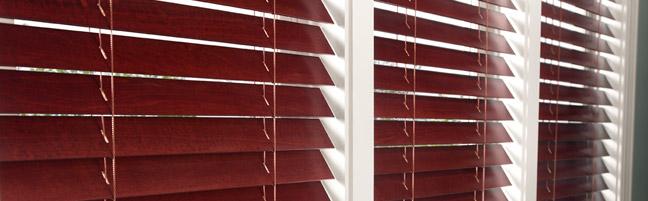 Lutron Sivoia Qs Wood Blinds With Intelligent Tilt Alignment