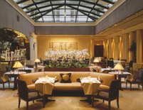 Park Hyatt Paris Dining Area